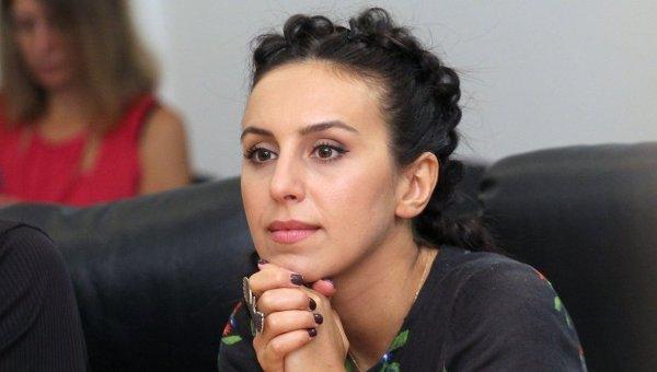 Джамала выходит замуж закрымскотатарского активиста