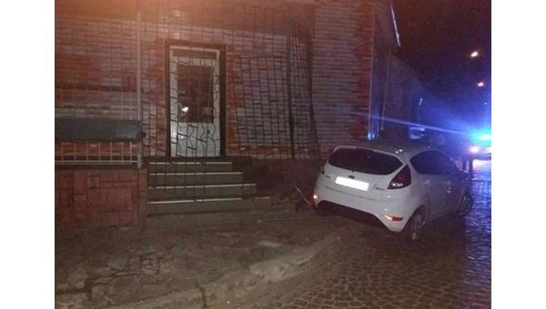 Генпрокуратура: Начато досудебное расследование вотношении обвинителя, устроившего ДТП вМукачево