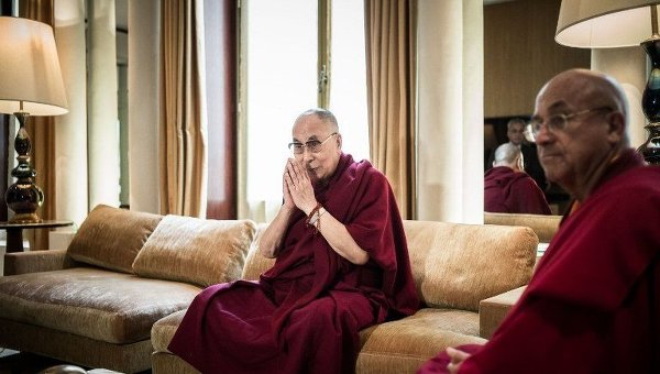 Духовный лидер тибетских буддистов Далай-лама