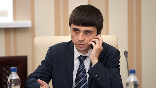 Руслан Бальбек на заседании Совета министров. Архивное фото