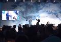 Появилось видео с выступления Кевина Спейси на встрече YES