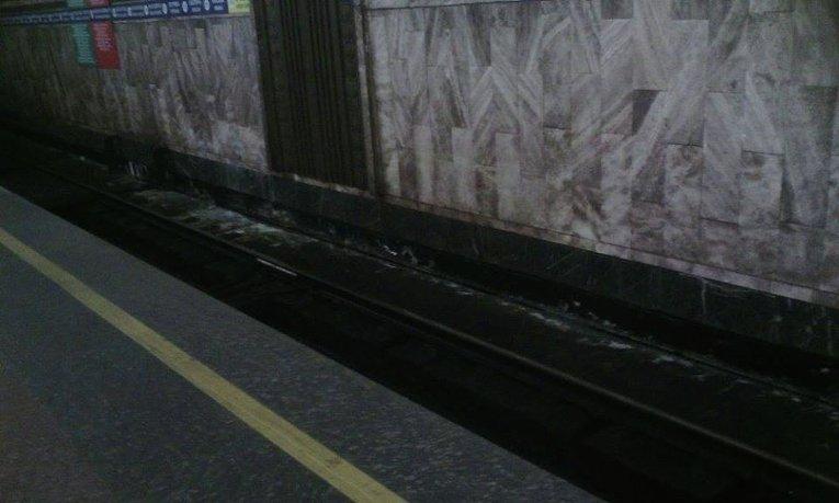 Ситуация на станции метро Героев Днепра, над которой строится ТРЦ