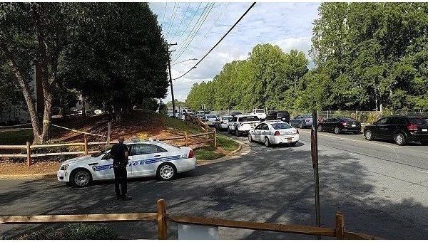 Полицейский застрелил афроамериканца в Северной Каролине
