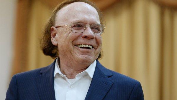 Драматург Эвард Радзинский отмечает 80-летие