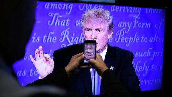 Дональд Трамп в ходе теледебатов