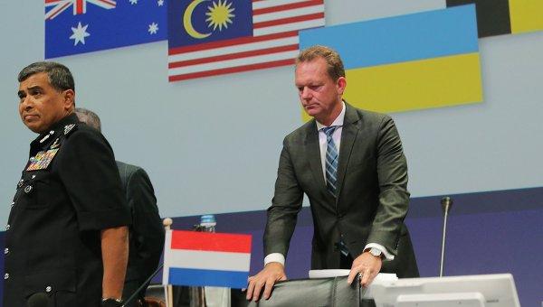 В Нидерландах обнародованы предварительные результаты расследования крушения самолета МН17 Малайзийских авиалиний