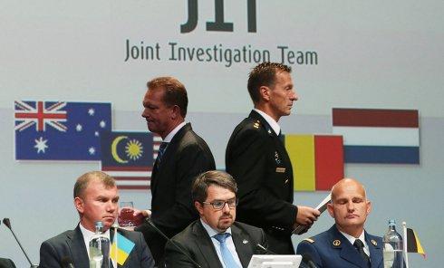 """В Нидерландах обнародованы предварительные результаты расследования крушения самолета МН17 """"Малайзийских авиалиний"""""""