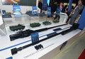 Стенд Укроборонпрома, башенные пулеметы для БТР ZTM-1 и ZTM-2, представленные на выставке вооружений и боевой техники ADEX-2016 в Баку