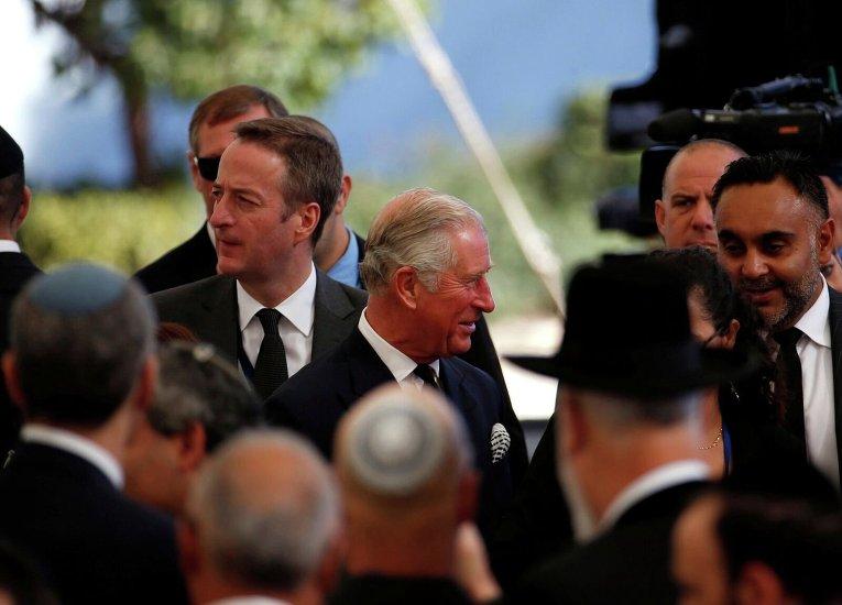 Церемония прощания с Шимоном Пересом. Британский принц Чарльз