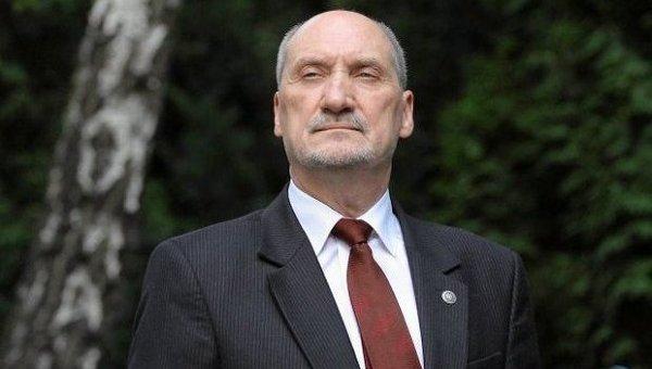 Польша назвала фиктивным докладРФ обавиакатастрофе под Смоленском