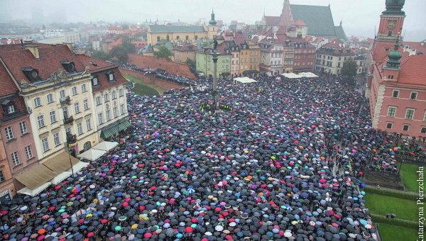 Сейм Польши отвергнул законодательный проект ополном запрете абортов
