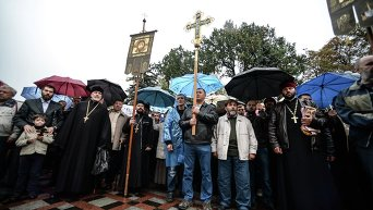 Митинг православных верующих под Верховной Радой