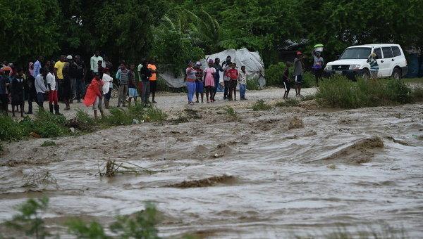 Циклон Мэттью убил 10 человек наГаити идобрался доКубы