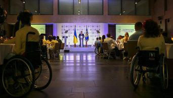 Порошенко вручил награды олимпийцам и паралимпийцам