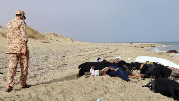 Погибшие мигранты у берегов Ливии. Архивное фото