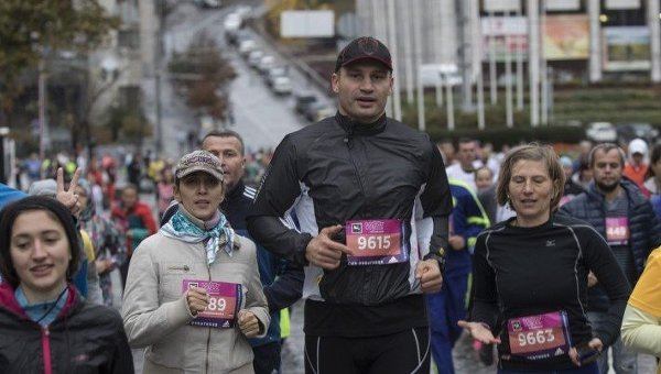 Мэр Киева Виталий Кличко дал старт 7-му Киевскому международному марафону