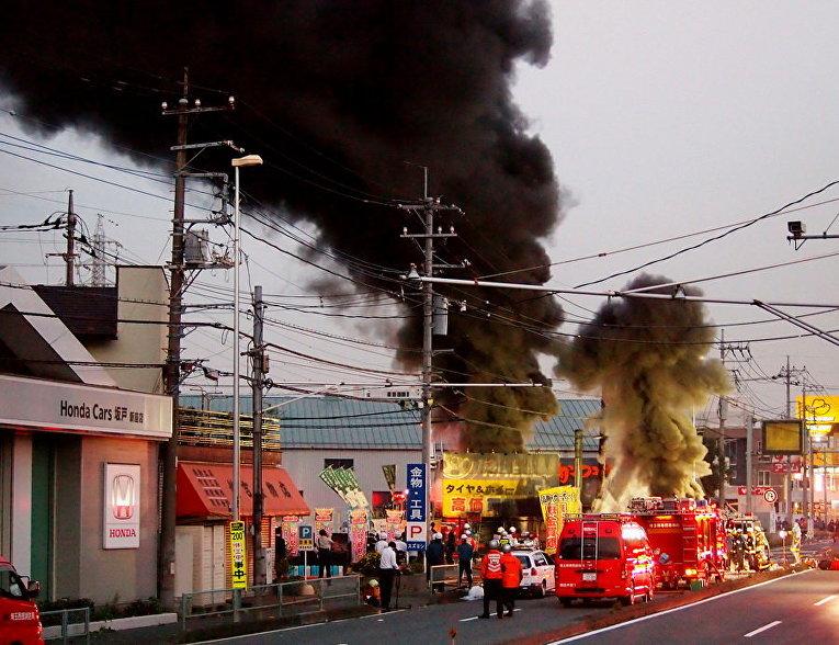 В Токио пожар обесточил более 350 тыс. домов