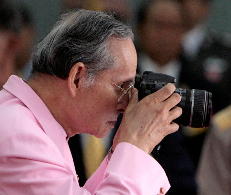 Умер король Таиланда. Последние новости - РИА Новости