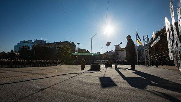 Порошенко: РФ пробует повторить крымский сценарий наДонбассе