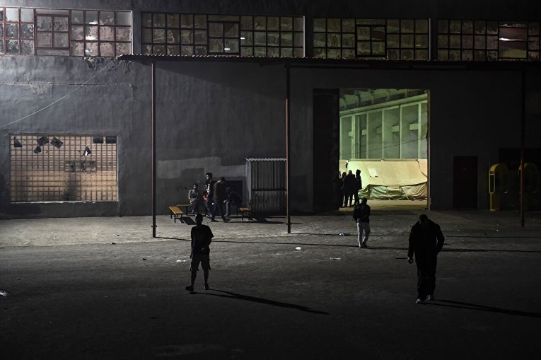 Столкновения между полицией и мигрантами в Греции