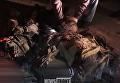 Появилось видео, как тело Моторолы выносят из разрушенного подъезда. Видео