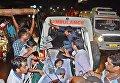 Эвакуация пострадавших в сильном пожаре в индийской больнице