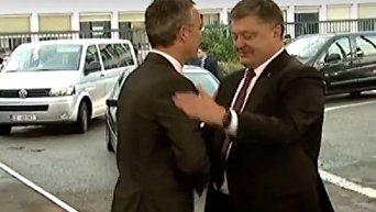Порошенко назвал сроки перехода Украины на стандарты НАТО. Видео
