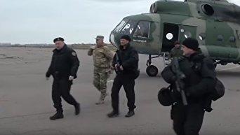 Турчинов побывал на передовой в зоне АТО. Видео