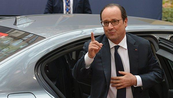 Опрос: Всего 4% жителей Франции довольны деяниями Олланда