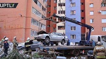 Спасательные работы на месте взрыва бытового газа в Рязани