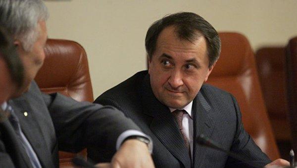 Порошенко назначил экс-министра Данилишина членом совета НБУ