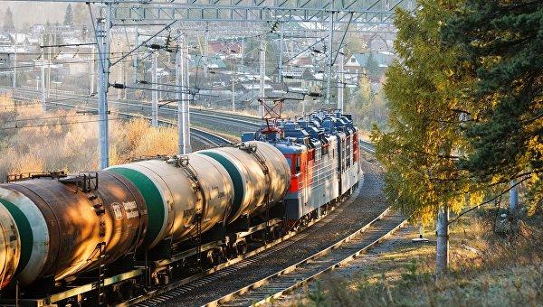 «Укрзализныця» запретила заезд цистернам 11 русских перевозчиков