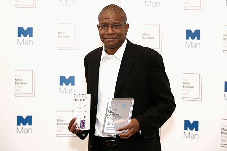 Букеровскую премию впервый раз получил писатель изсоедененных штатов