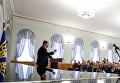 Президент Украины Петр Порошенко в ходе встречи со студентами Острожской академии
