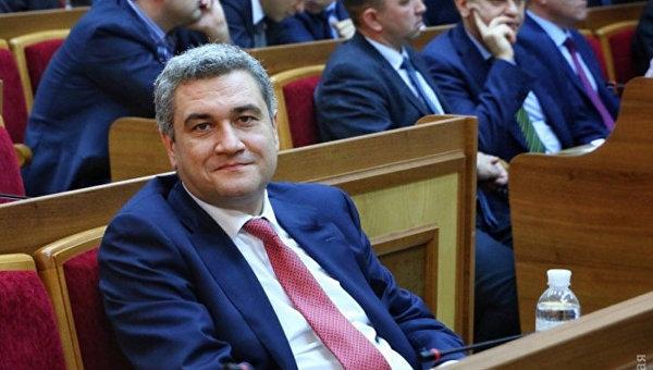 Председатель Одесского облсовета предпочитает розовое золото, аего супруга - шубы,— е-декларация
