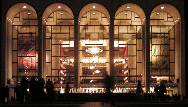 Внью-йоркской опере неизвестный развеял прах своего наставника