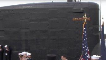 В США ввели в строй новую атомную подлодку Иллинойс. Видео
