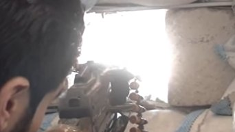 Наступление сирийской армии на позиции боевиков ан-Нусры в Алеппо. Видео