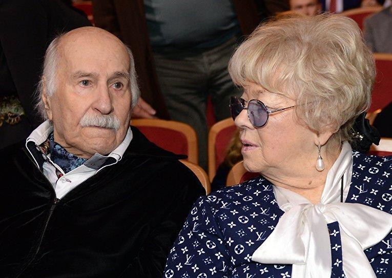 Актер Владимир Зельдин с супругой