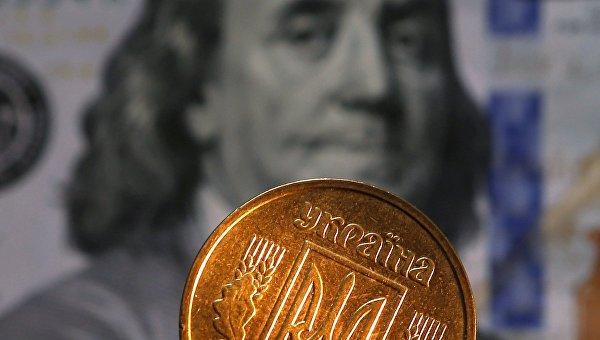 Недельные потери рубля против доллара иевро составили по2,37%