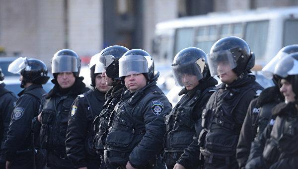 ВДень Достоинства иСвободы порядок будут обеспечивать 18 тыс. правоохранителей