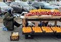 Торговля фруктами на улицах Киева