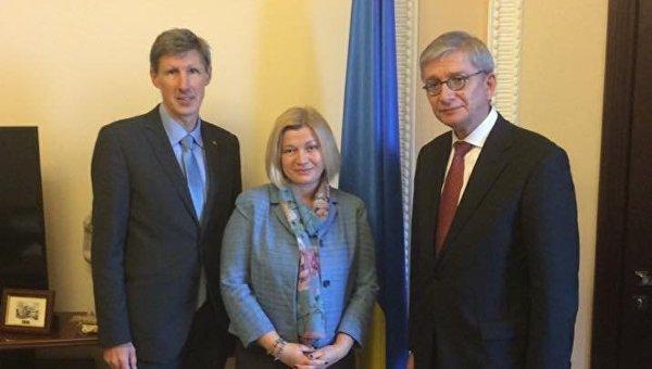 ВРаде предлагают отслеживать тех, кто «незаконно посещал» Крым иДонбасс