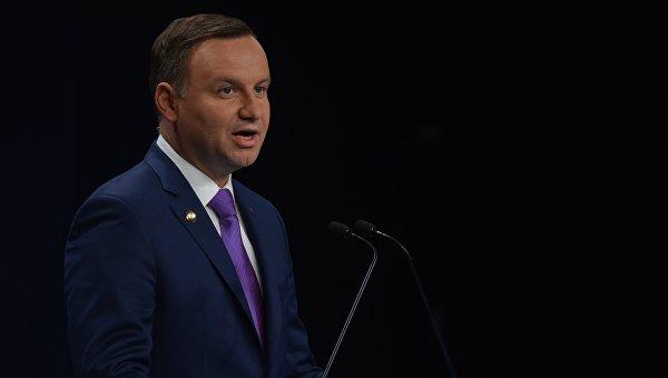 Наборту самолёта президента Польши произошёл инженерный  сбой