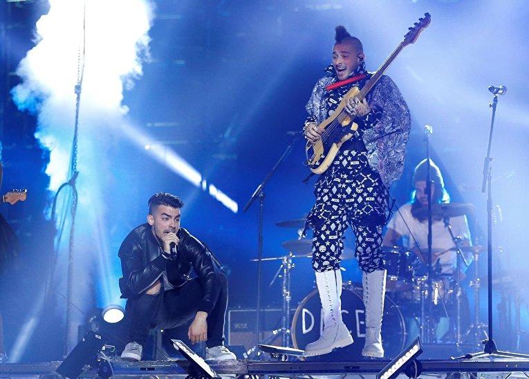 Вручение MTV Europe Music Awards: лучший push-исполнитель - DNCE