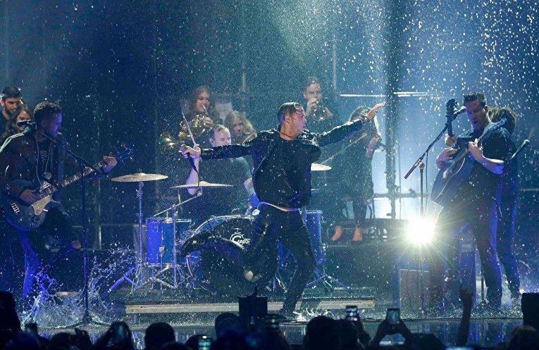 Вручение MTV Europe Music Awards: выступление группы OneRepublic