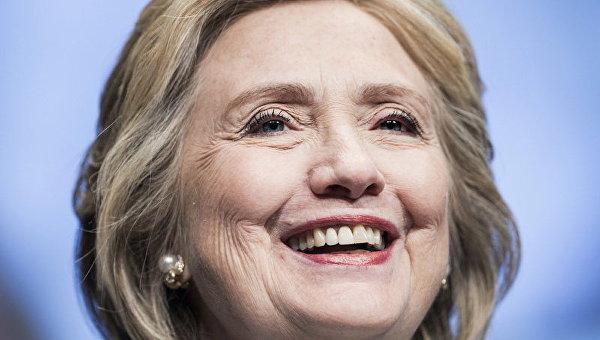 Клинтон призывают инициировать пересчет голосов навыборах