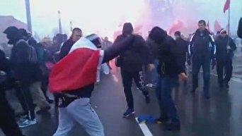 Во время марша независимости в Польше сожгли флаг Украины. Видео
