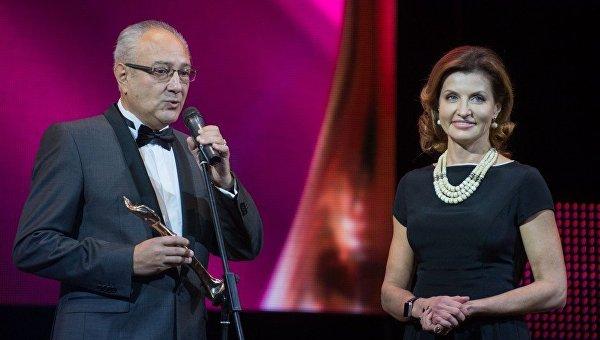 Марина Порошенко получила награду Всеукраинской премии «Женщина ІІІ тысячелетия»