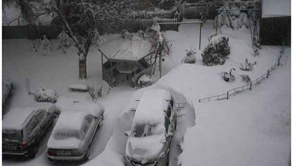 Водителей вКиеве предупредили обгололедице надороге итумане